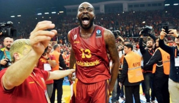 Stephane Lasme'ye dopingden 1 yıl men